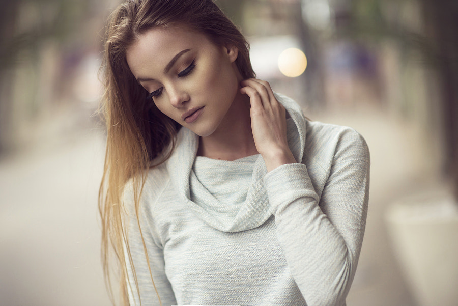 April - Natural Light by Dani Diamond on 500px.com