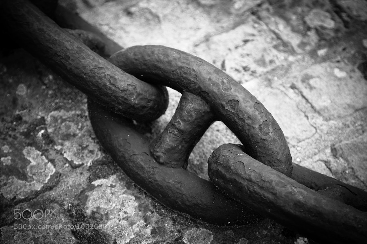 Photograph Chain by Mike Howe on 500px