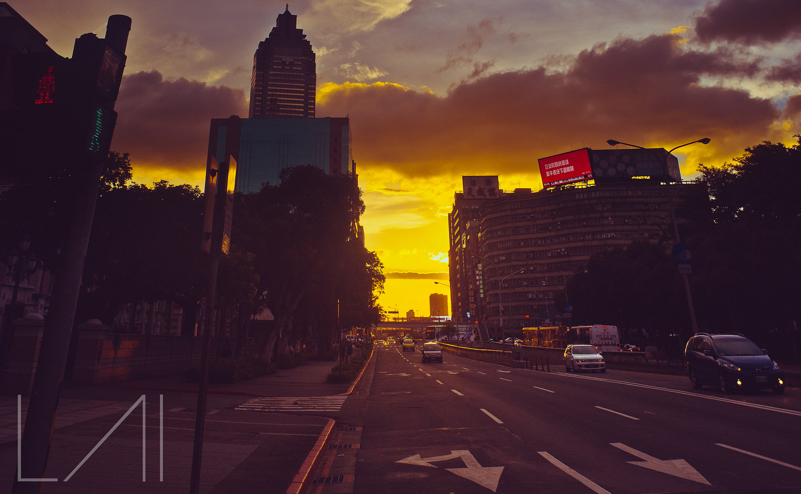 Photograph Golden hour @ Taipei City, Taiwan by Atmosphere Light on 500px