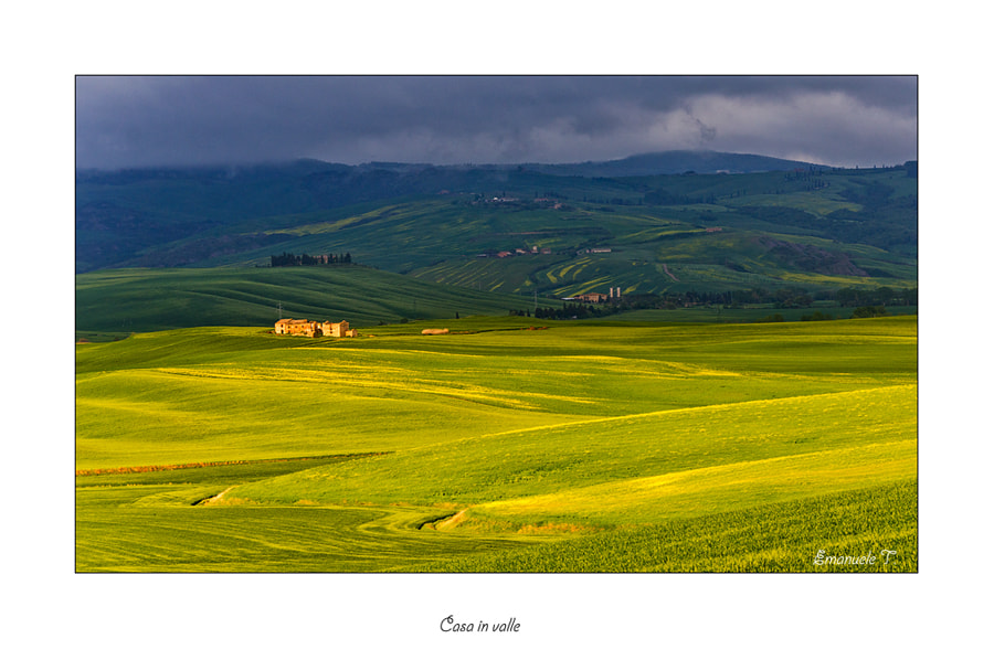 Photograph Casa in valle by Emanuele Torrisi on 500px