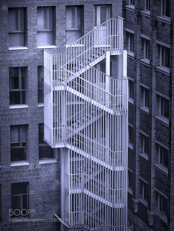 Photograph Escaleras y ventanas by Lola Camacho on 500px