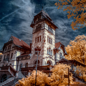 Castle in the clouds II by Thorsten Scheel (Ayora)) on 500px.com