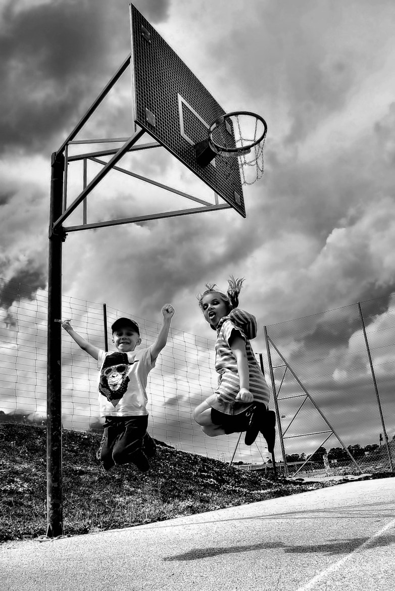 Photograph Jumping by Fabio Kan on 500px