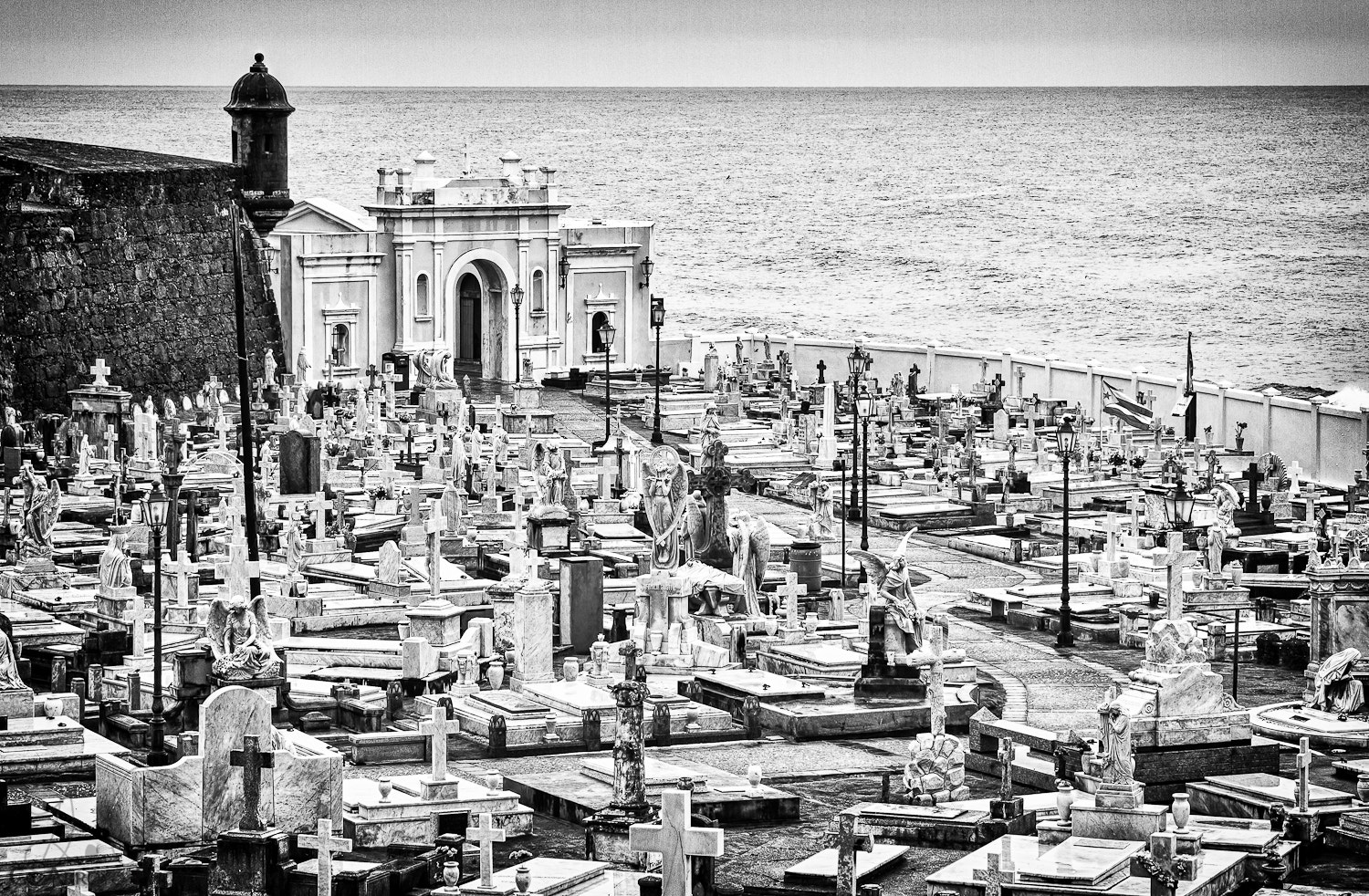 Photograph Cemetario by Giovanni Arroyo on 500px