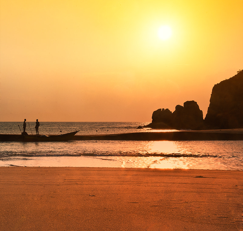 Photograph Pantai Kemasik by lim theam hoe on 500px