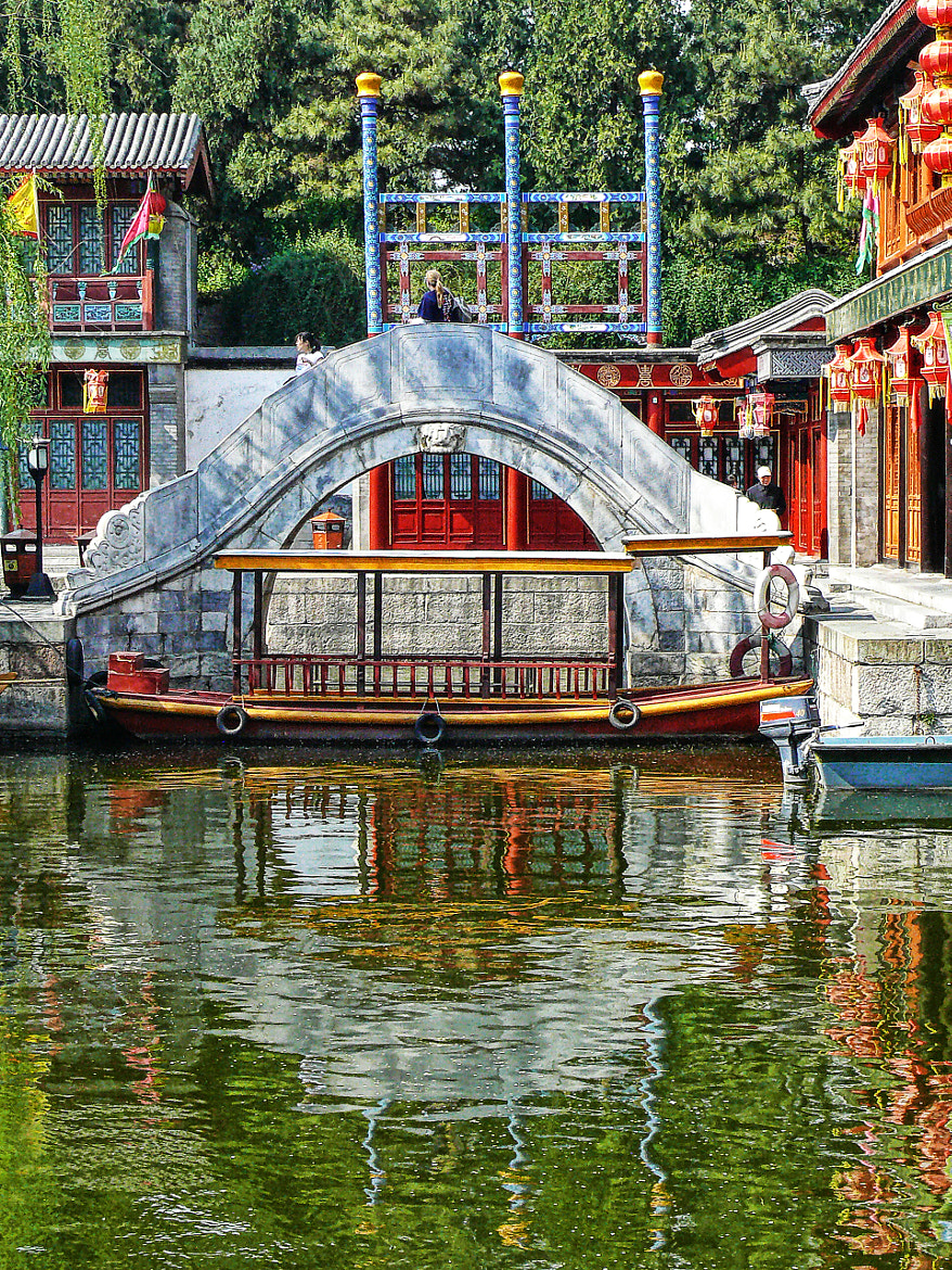 Photograph Boat at Suzhou Market by Daniel Schwabe on 500px
