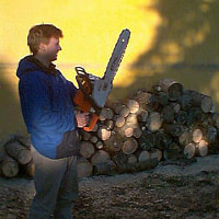 Warming up the chainsaw