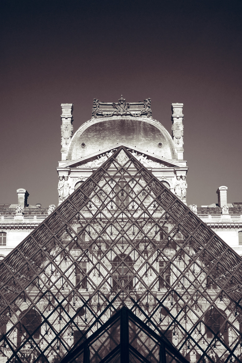Photograph Louvre Pyramid by Karl Randay on 500px