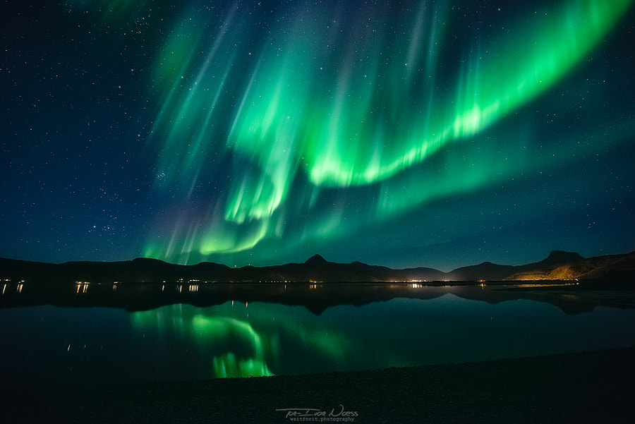 Aurora Surprise by Tor-Ivar Næss on 500px.com