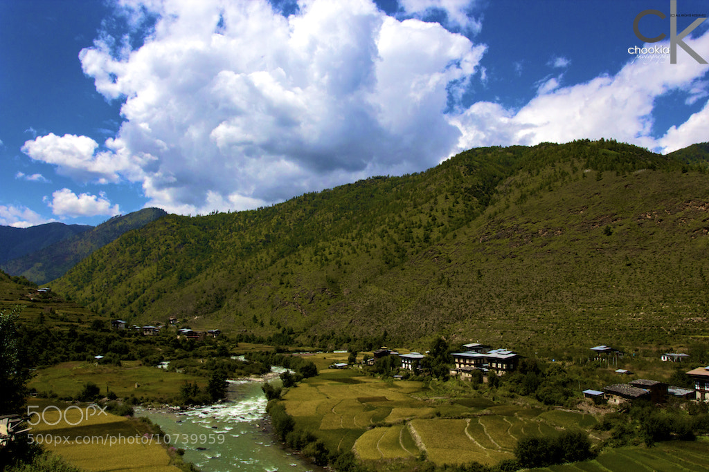Photograph 不丹小镇 @ Bhutan Countryside by CK NG on 500px