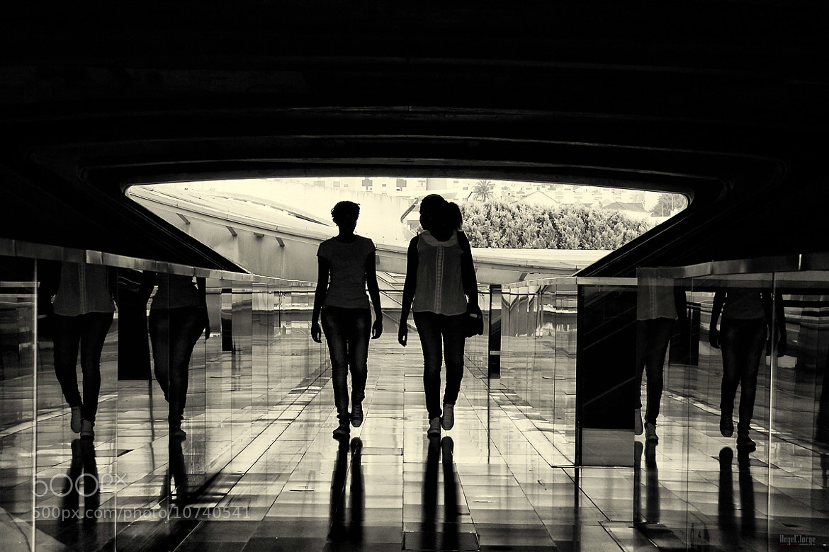 Photograph moments before a goodbye by Hegel Jorge on 500px