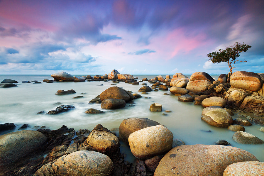 Photograph Stand Alone by Bobby Bong on 500px