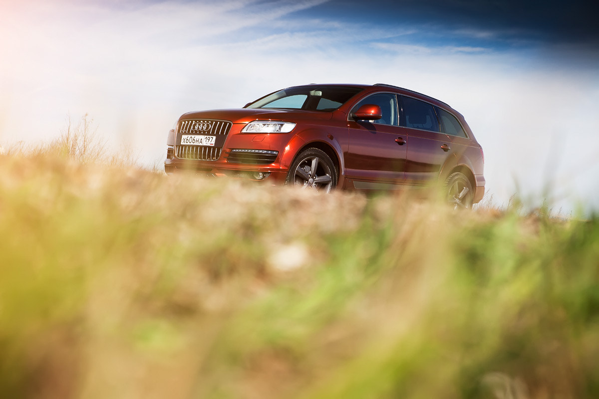 Photograph Audi Q7 by Ivan Barinov on 500px
