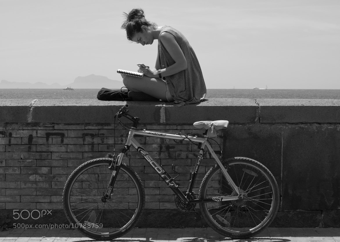 Photograph read on the wall by Mario Mancuso on 500px