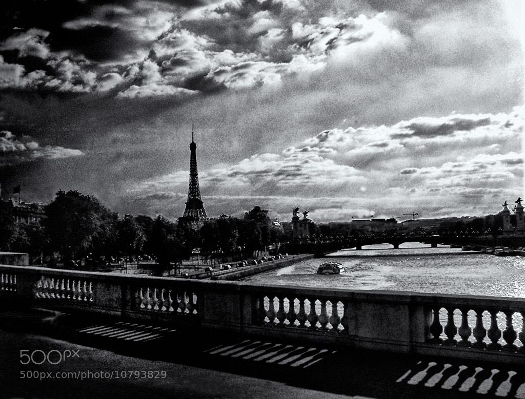 Photograph ville lumière by Beau Rivage on 500px