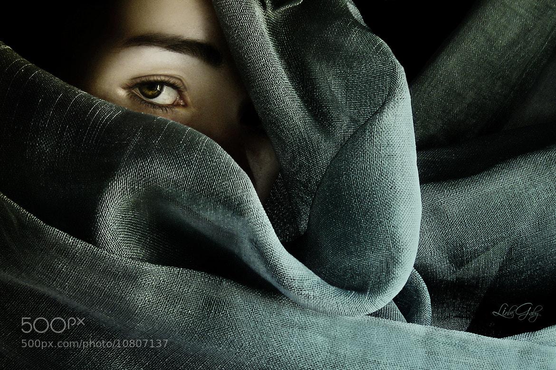 Photograph Secret by Gabriela Ferreira on 500px