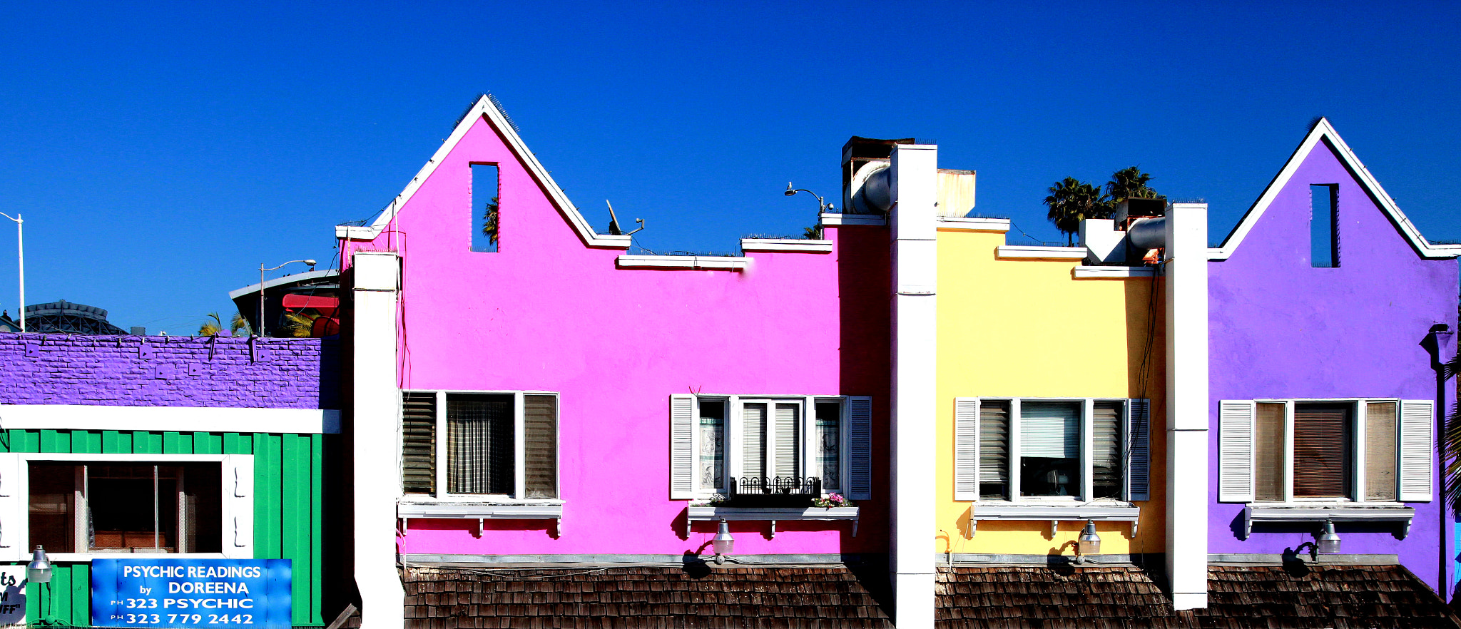 Photograph Houses by the sea by Cris T on 500px