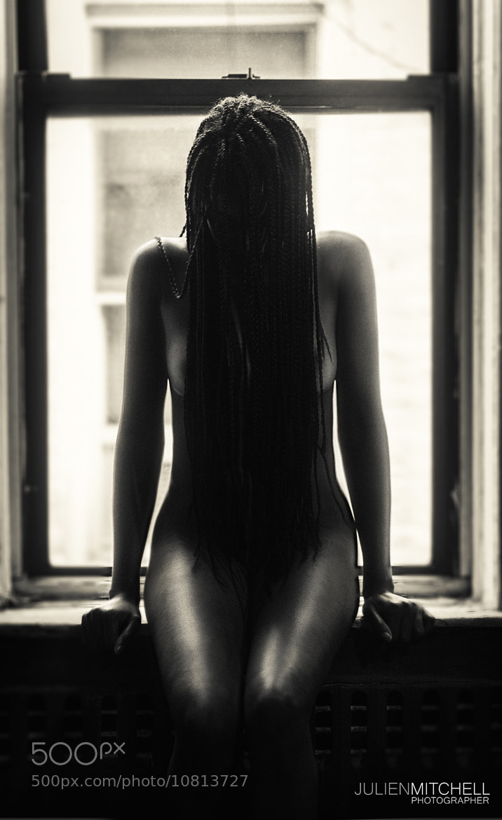 Photograph I sit alone, Naked too by KREATIVE DOC on 500px