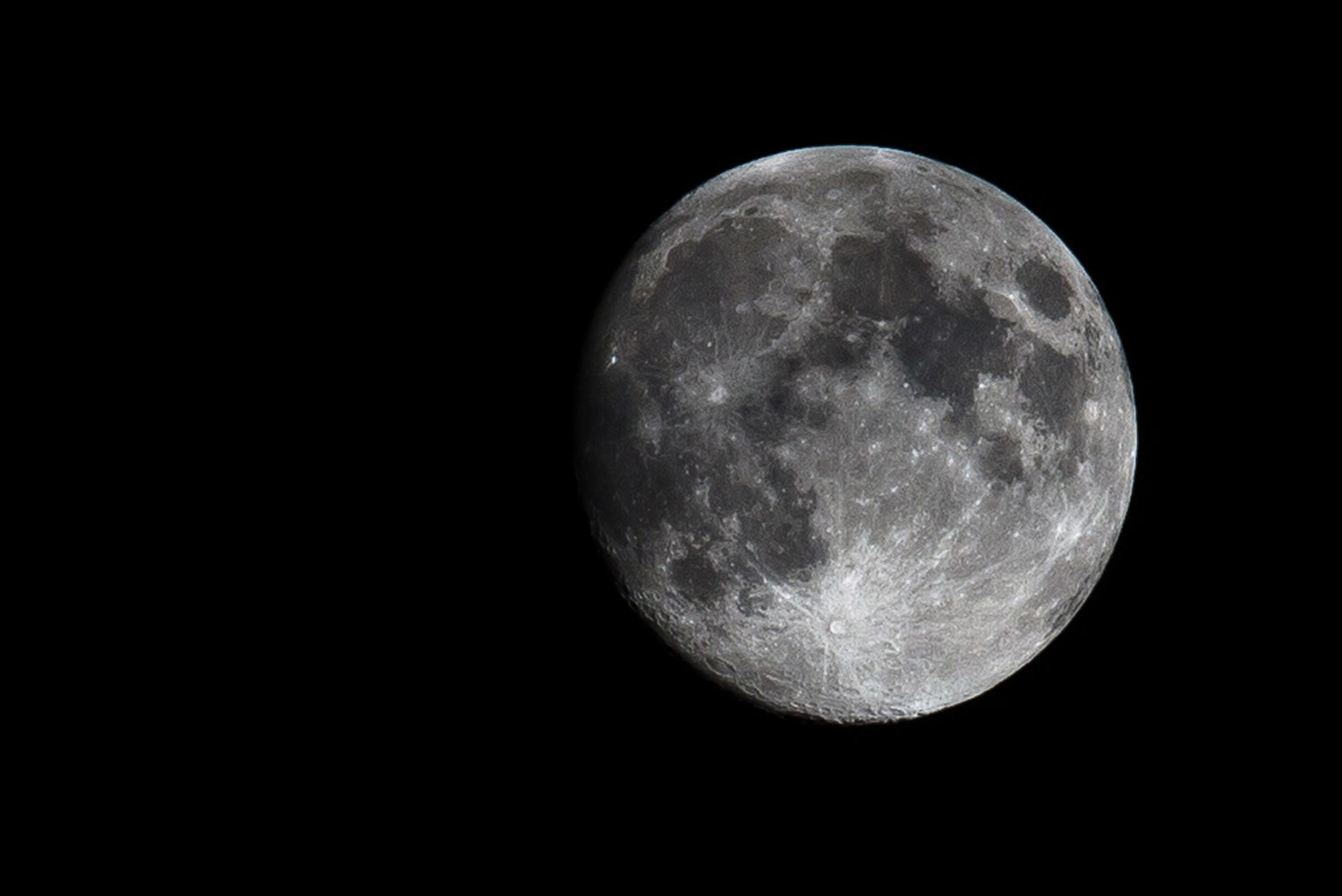Photograph the moon tonight by Pan Tongtapthai on 500px