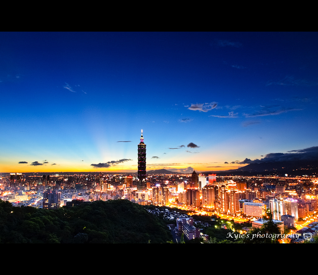 Photograph 101百萬夜景 by Kyle Lin on 500px