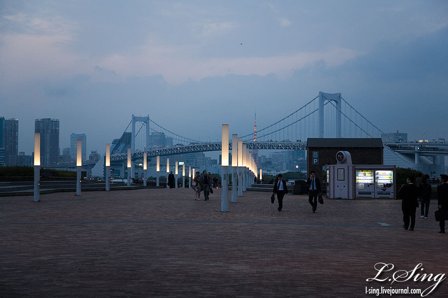 Photograph ODaiba at an evening by L Sing on 500px