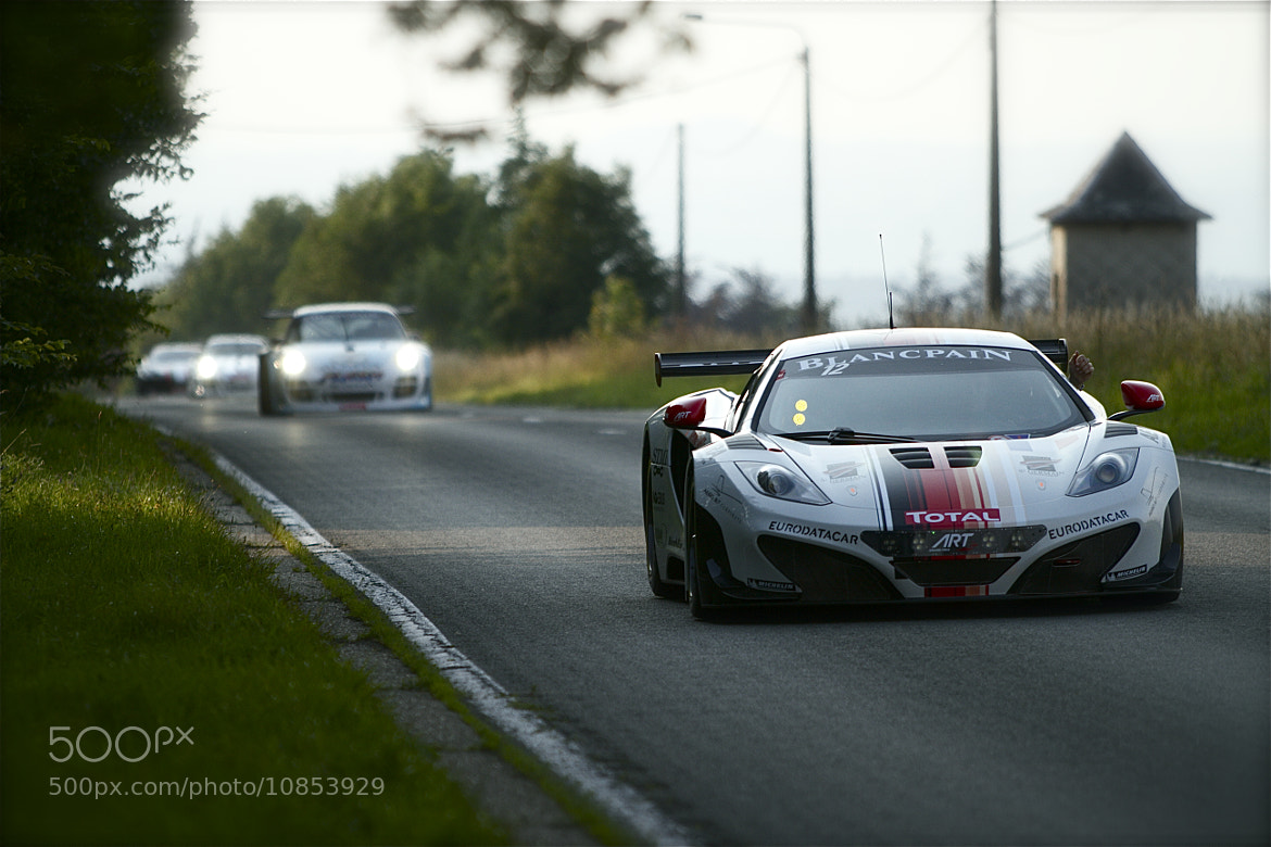 Photograph McLaren leaving town by Pedro Dermaux on 500px