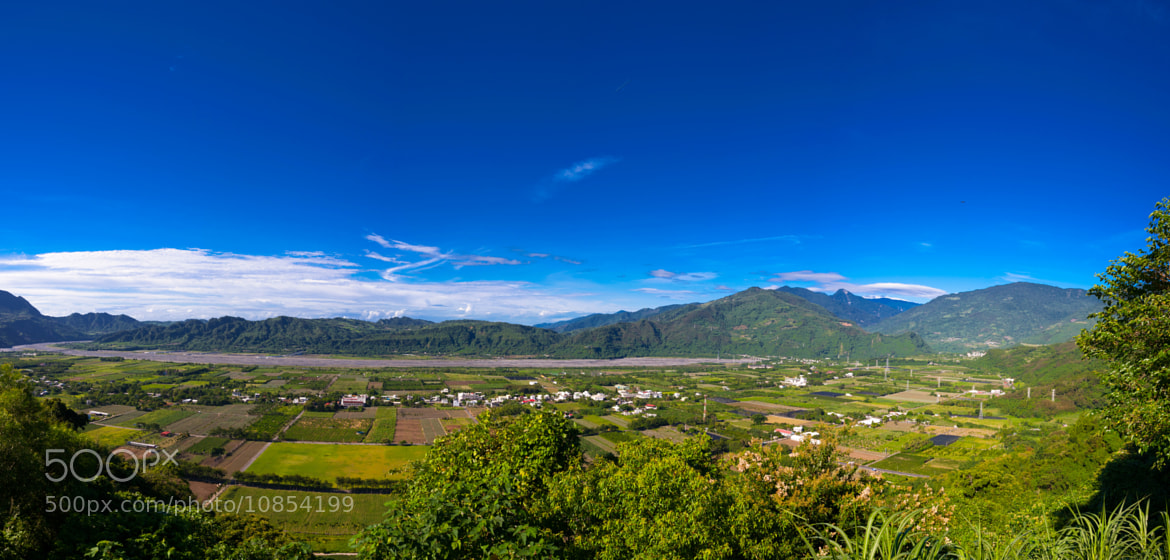 Photograph Taiwan East Rift Valley by Han-wen Lin on 500px