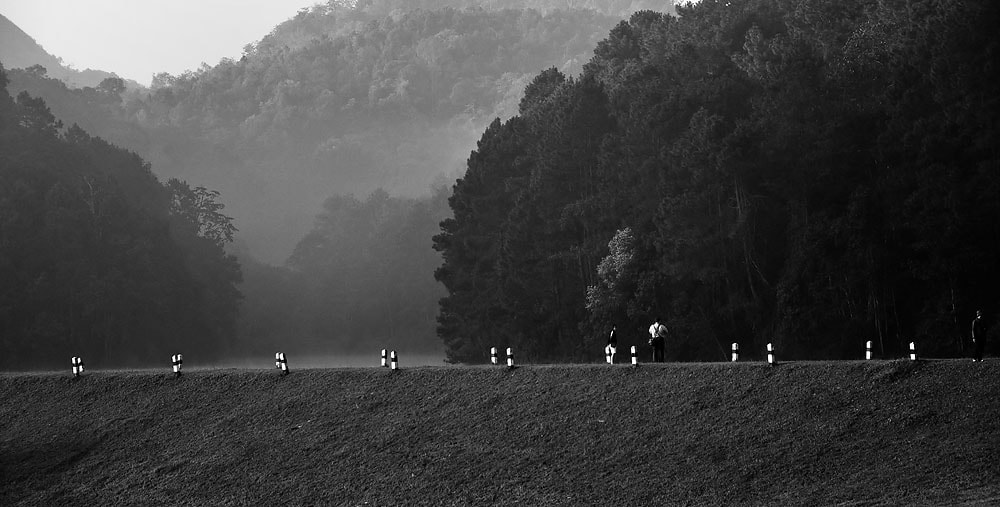 Photograph B&W fog by Jumrus Leartcharoenyong on 500px
