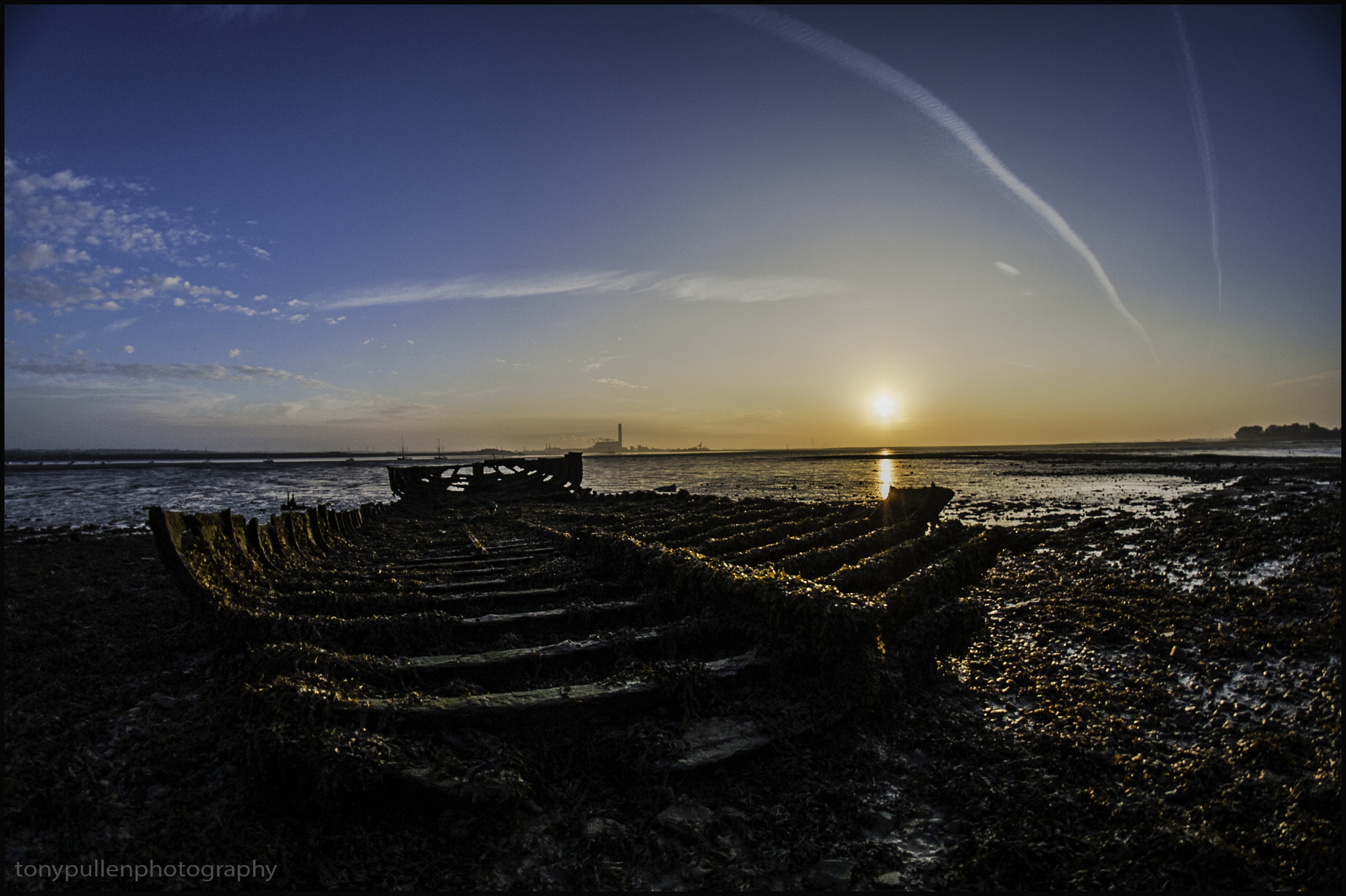 Photograph Medway at dawn  by Tony  Pullen on 500px