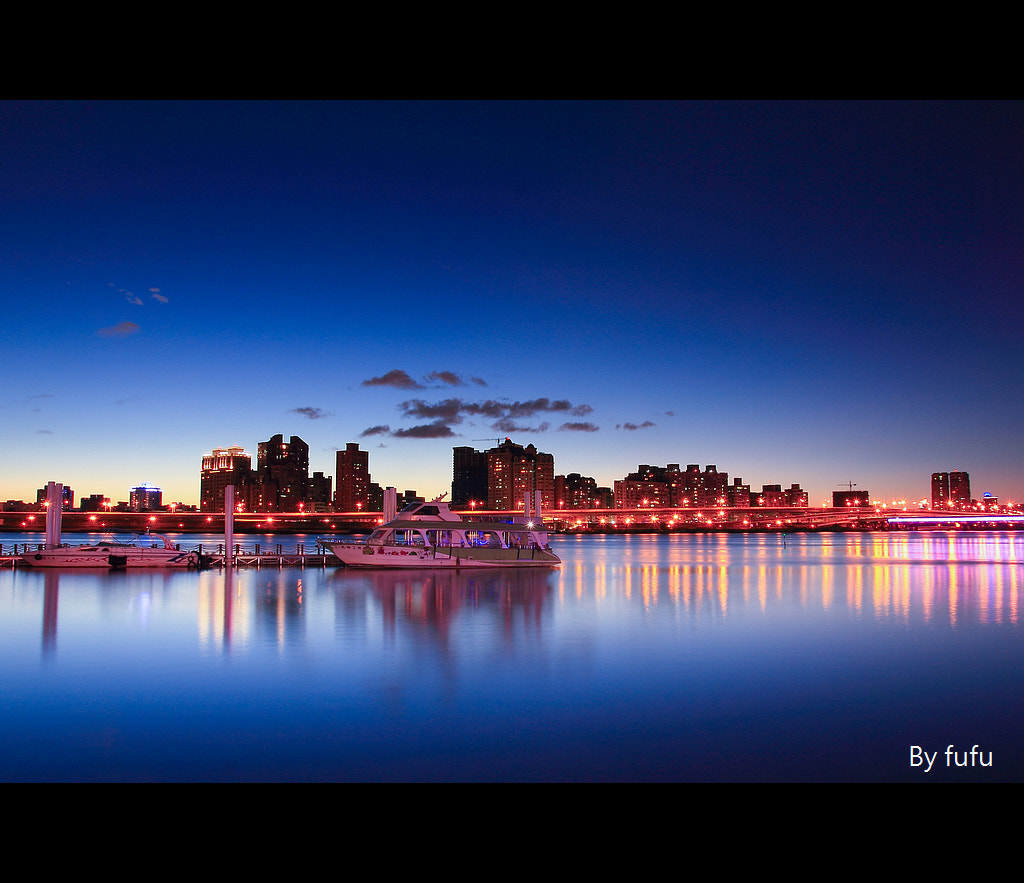 Photograph Blue peace by 軒銘 劉 on 500px