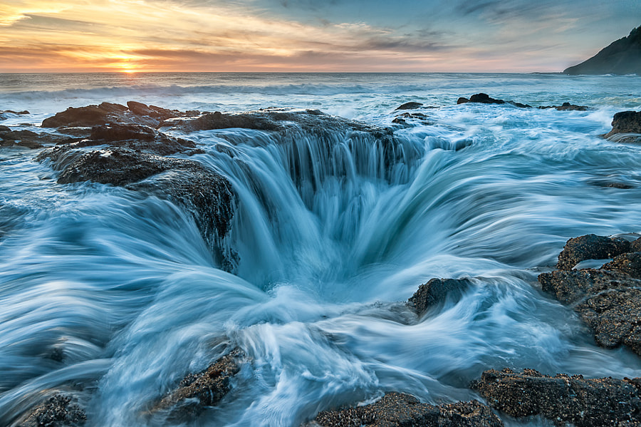 Photograph Thor's Well by Chuck Robinson on 500px