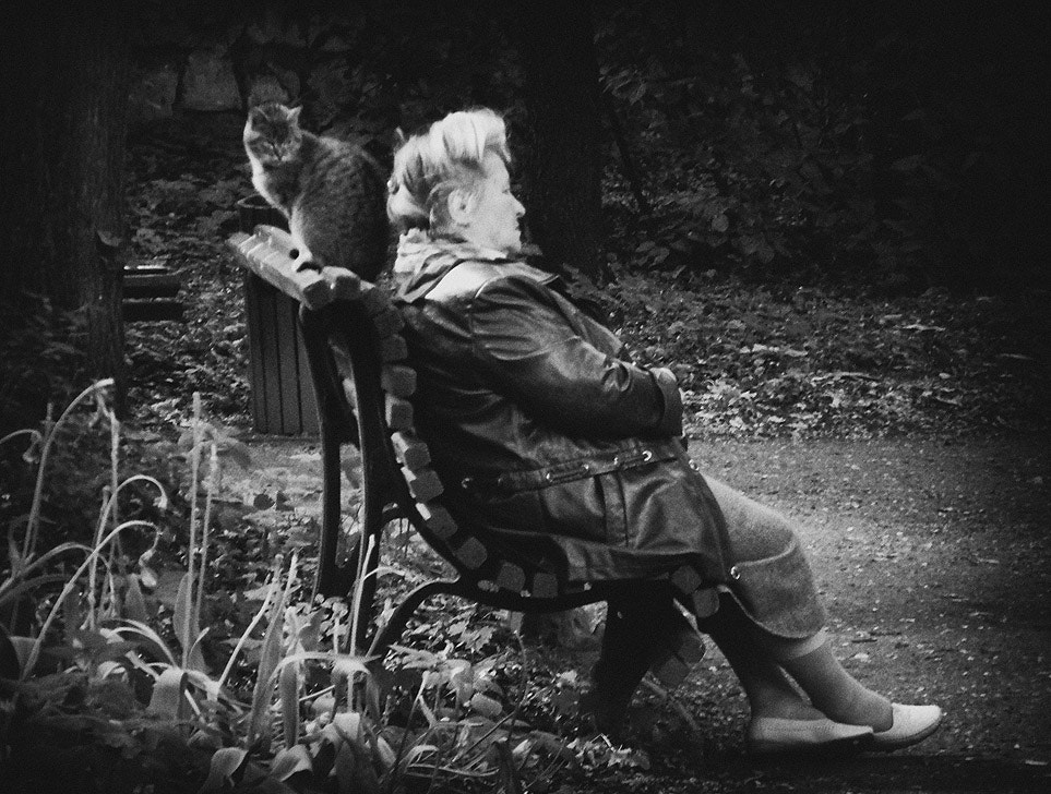 Photograph old woman and cat by Mistery Lady on 500px