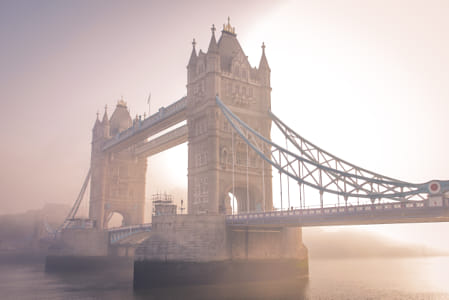 Early Morning in London by Heather Balmain on 500px