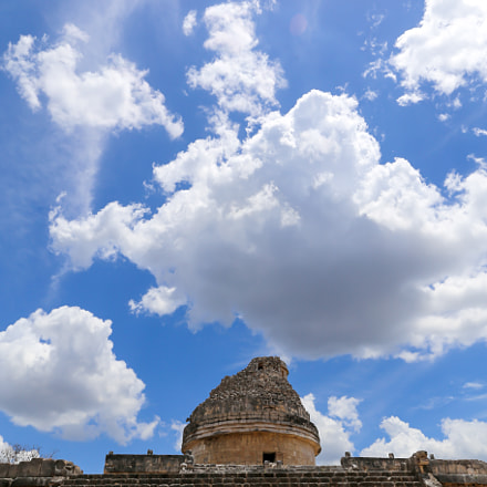 maya clouds and the el caracol