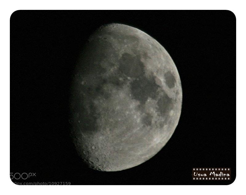 Photograph The Moon by Usua Madina Iñigo on 500px