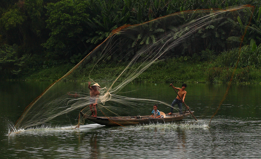 Photograph Family fishing by Viet Hung on 500px