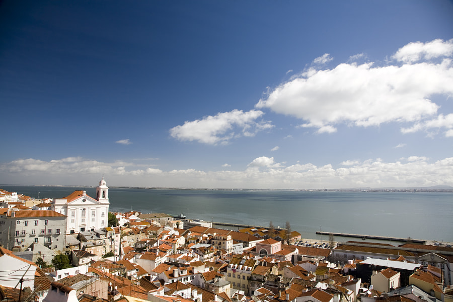 View of Lisbon from Santa Luzia viewpoint. von Felipe Rodríguez auf 500px.com