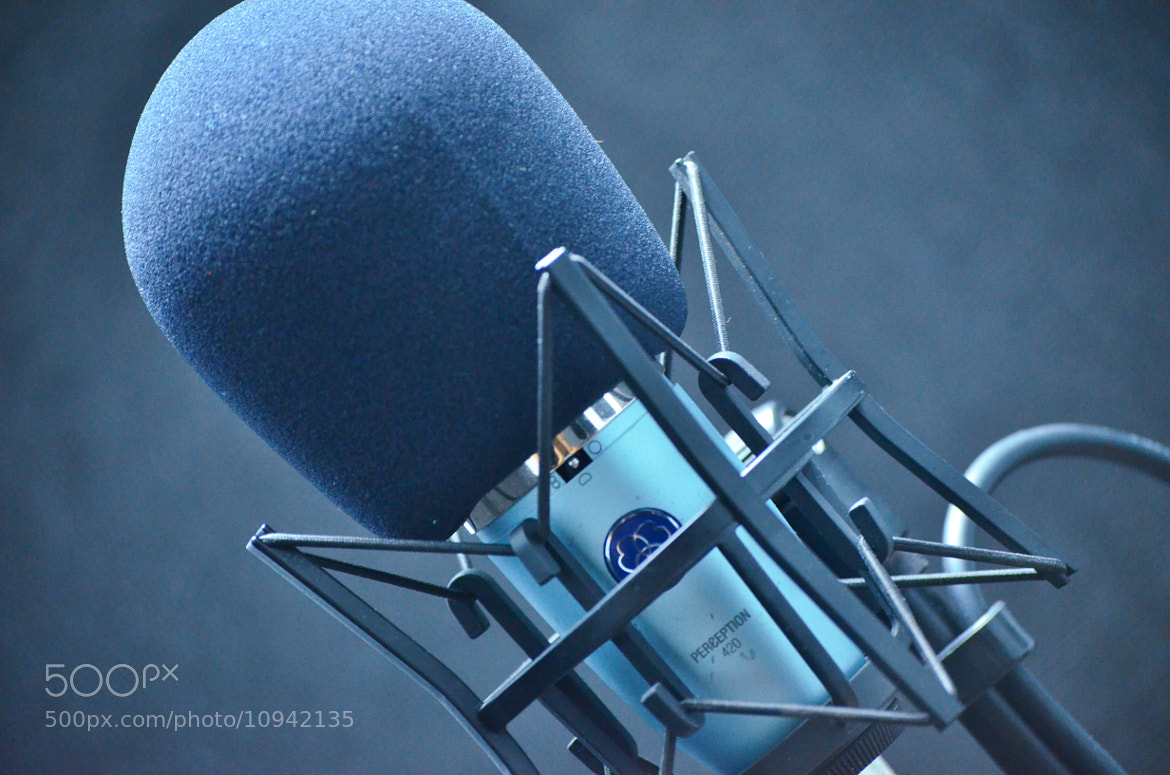 Photograph microphone by Maribel Rivera on 500px