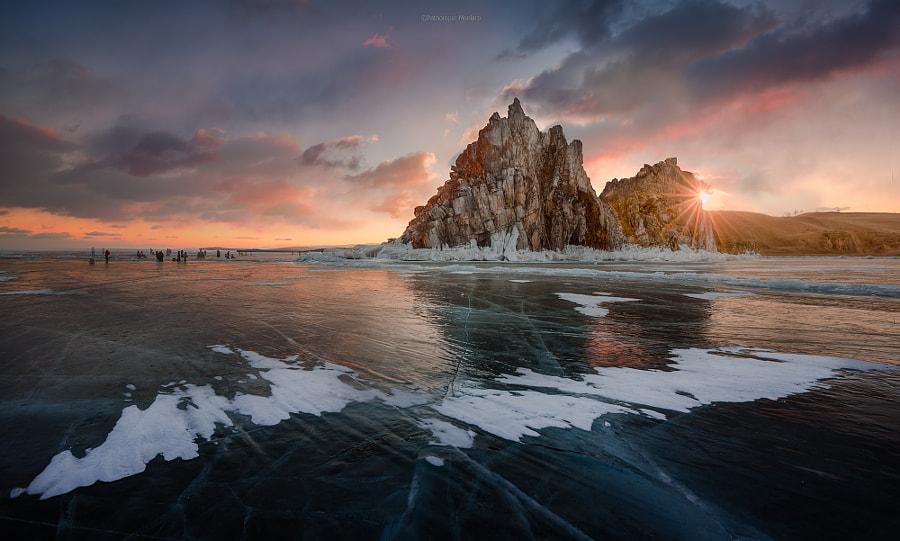 Sunrise On The Frozen World by Por Pathompat on 500px.com