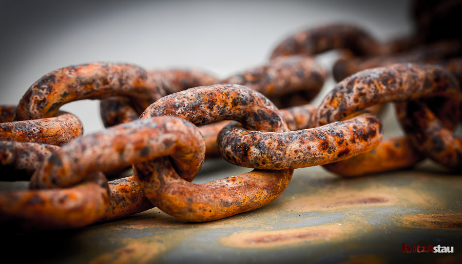 Photograph Rusty Chains by hitzestau on 500px