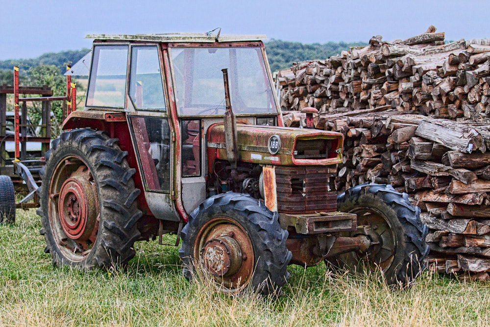 Photograph Tracteur Abandonné by Paul Atlan on 500px