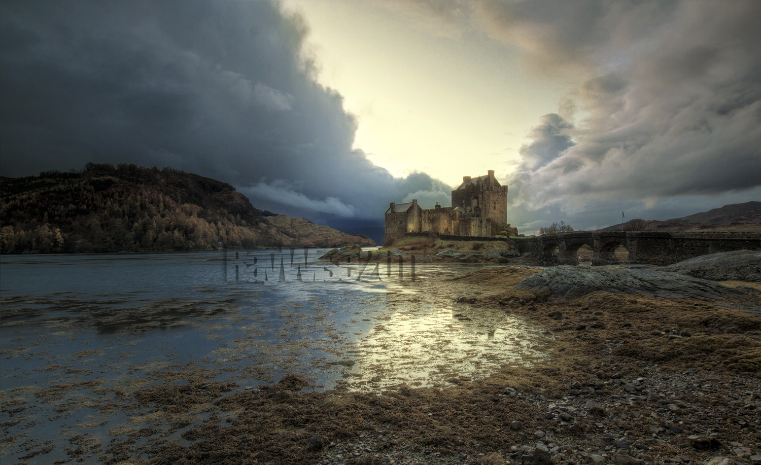 Photograph eilean donan castle by Ray Wise on 500px