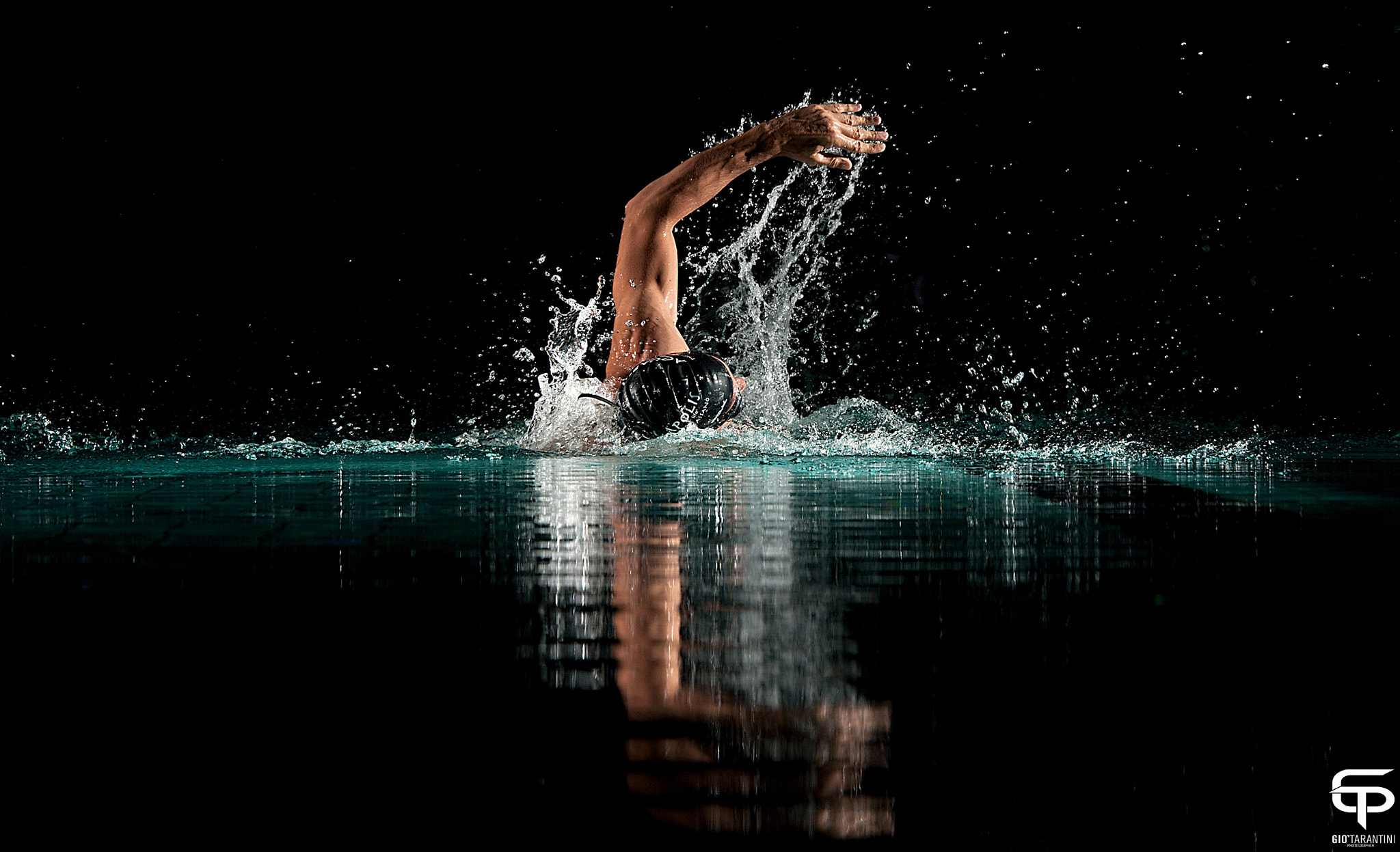 Photograph Swimming by Giò Tarantini on 500px