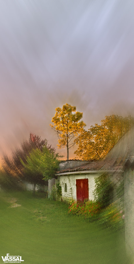 Photograph THE HOUSE OF THE RISING SUN by Emmanuel VASSAL on 500px