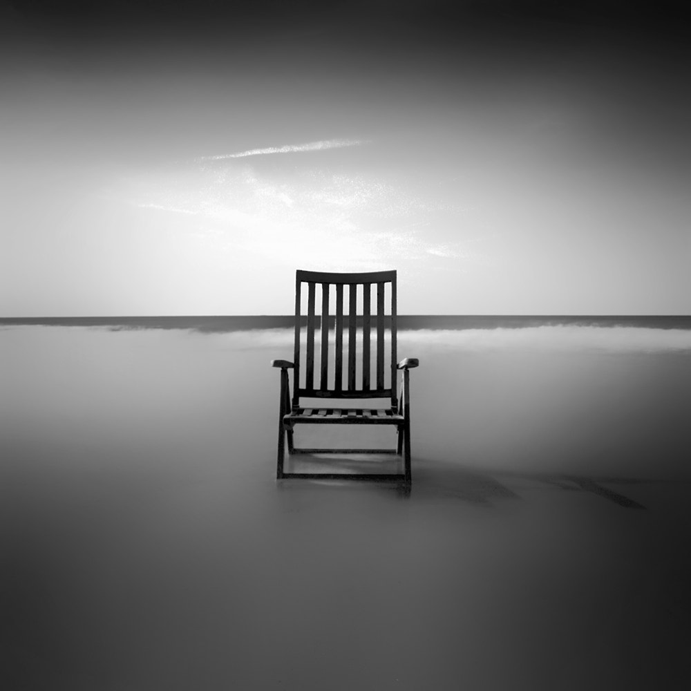 Photograph The old chair and the sea by Kees Smans on 500px