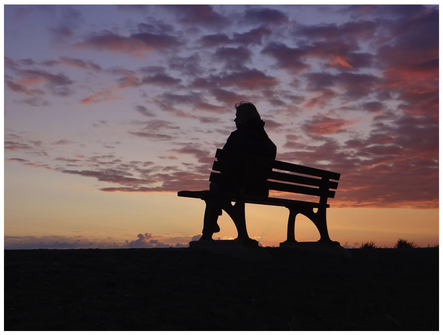 Photograph woman sitting on a bank by Julia Lau on 500px