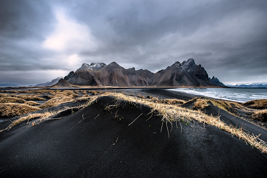 Waves of Vestrahorn