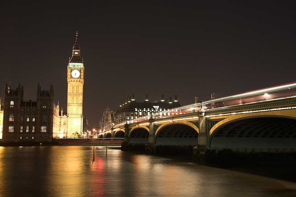 Photograph Westminister Bridge, London by Paula Smith on 500px