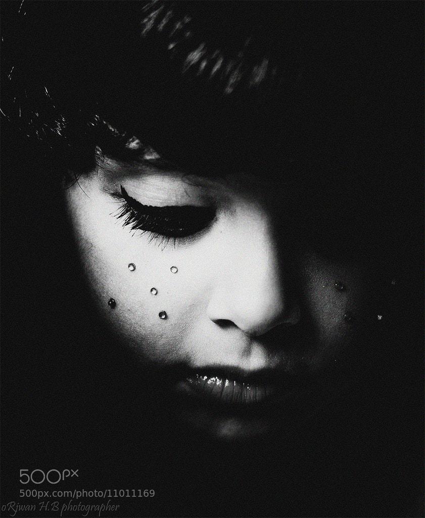Photograph Silent Pain by Orjwana Almohammdi on 500px
