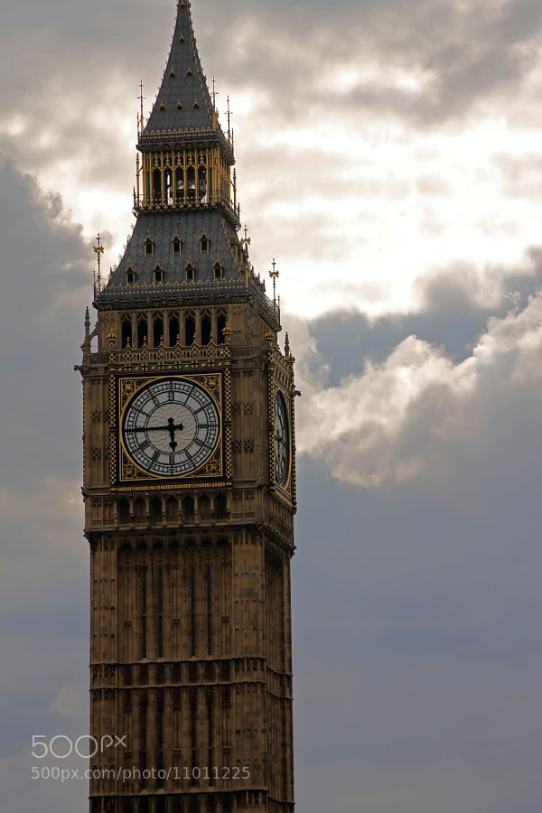 Photograph Big ben by Immanuel Adenubi on 500px